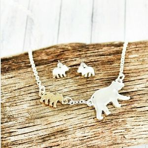 Jewelry - 'Mama Bear' Necklace and Earrings Set